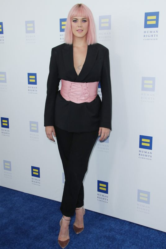 Betty Who At 2019 HRC LA Dinner, Arrivals, JW Marriott L.A. Live, Los Angeles