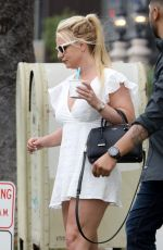 Britney Spears Out for afternoon Fro-yo in Santa Monica