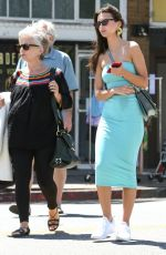 Emily Ratajkowski Out for lunch in Los Feliz