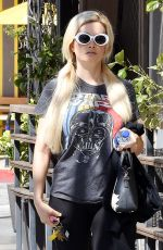 Holly Madison Leaving the gym in LA