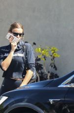 Irina Shayk Wraps up a gym session in Beverly Hills