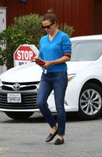 Jennifer Garner Beautiful in blue while out running errands in Brentwood