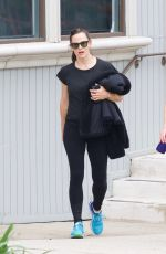 Jennifer Garner Out for coffee after hitting the gym in Brentwood