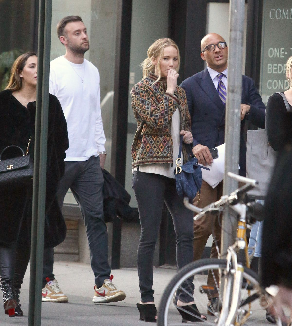 Apartment Shopper: Jennifer Lawrence And Cooke Maroney Are Apartment Shopping