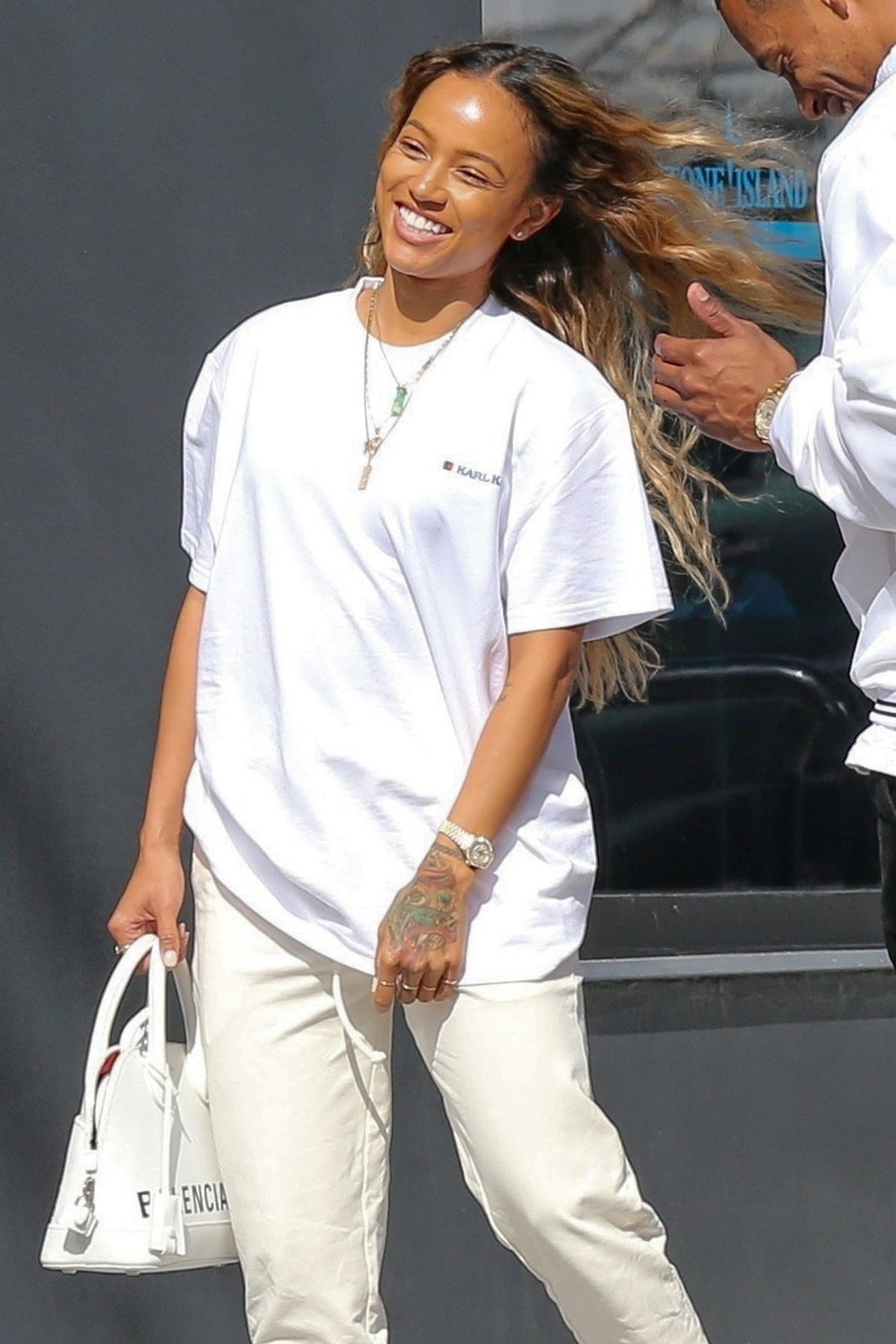 Karrueche Tran Out in Los Angeles , Celebzz