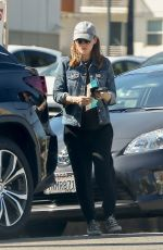 Kate Mara Runs her afternoon errands In los Angeles