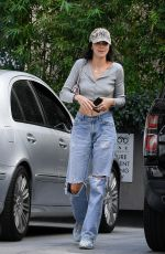 Kendall Jenner Shopping in LA