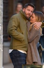 Margot Robbie Out in New York with her husband