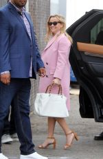 Reese Witherspoon At Sunday Church services in Los Angeles