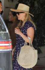 Reese Witherspoon Outside the Sunset Tower Hotel in Los Angeles