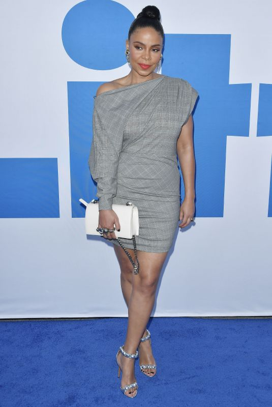 Sanaa Lathan At Premiere Of Universal Pictures