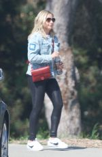 Sarah Michelle Gellar On her way to the gym in LA
