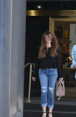 Sofia Vergara Shopping in Los Angeles