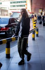 Suki Waterhouse Arriving at Tegel airport for a Montblanc Event in Berlin