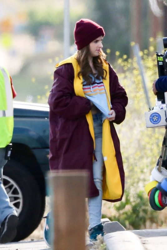 Anna Kendrick Films scenes for her new movie Dummy in LA