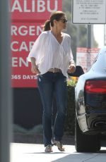 Cindy Crawford As she fills up her car with gas on a sunny day in Malibu
