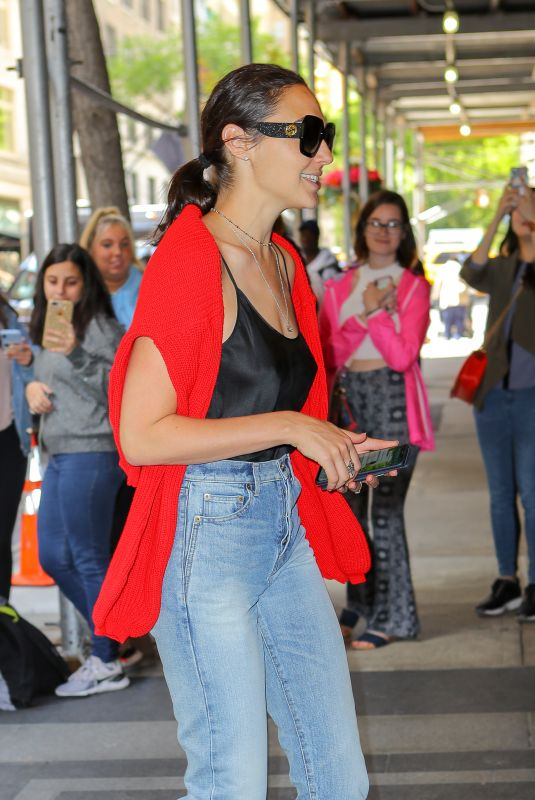 Gal Gadot Arriving at The Carlyle Hotel in NYC