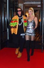 Gwen Stefani Outside the MET after party in NYC