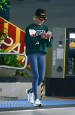"""Hailey Baldwin Goes for a gym session donning a """"Bieber"""" embroidered trucker hat in LA"""
