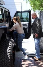 Jennifer Lopez Out for lunch in Miami