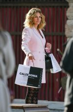 Julia Roberts Shooting the New Advertising Campaign for Calzedonia in Verona