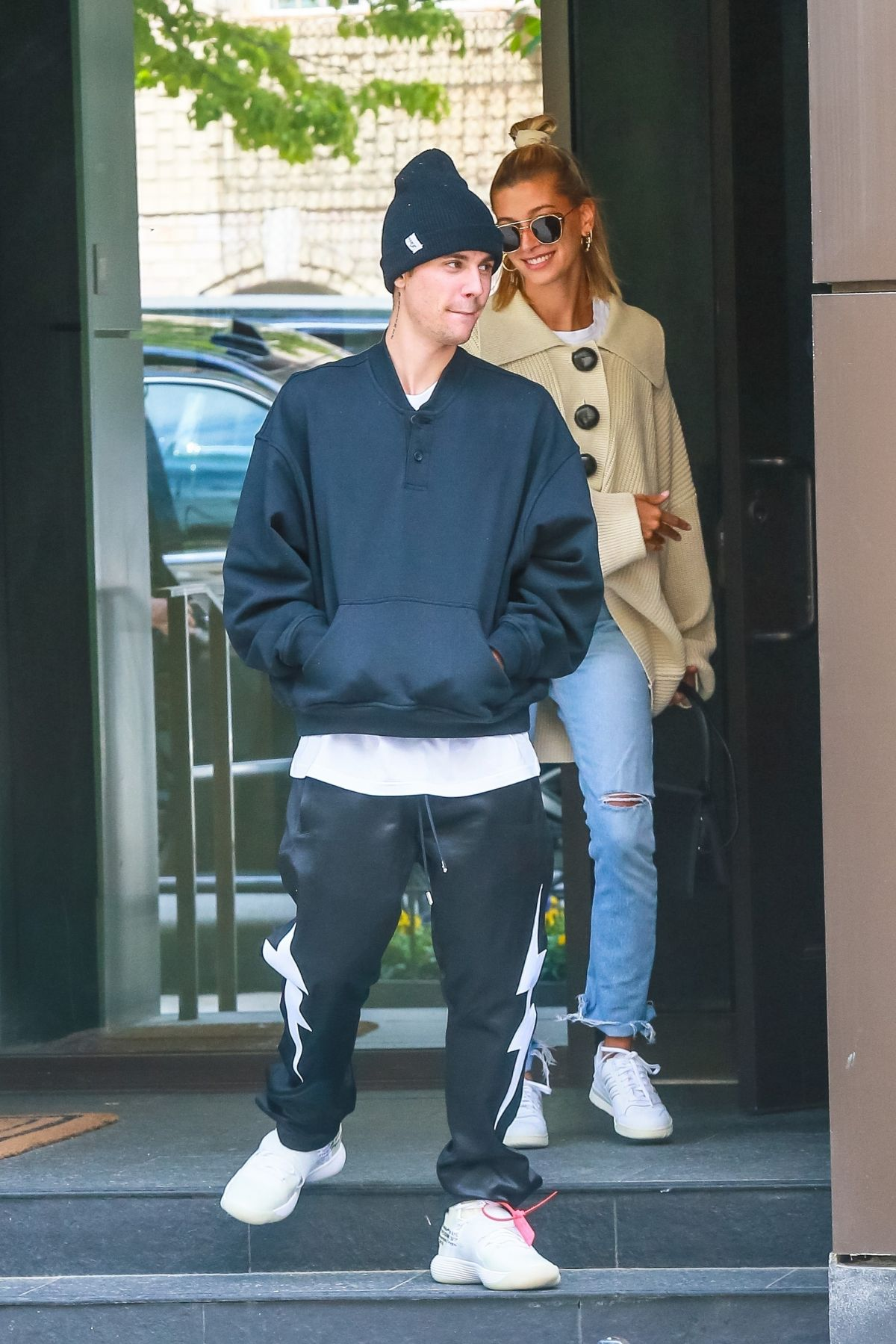 Justin Bieber and his wife Hailey Baldwin are in a good ...