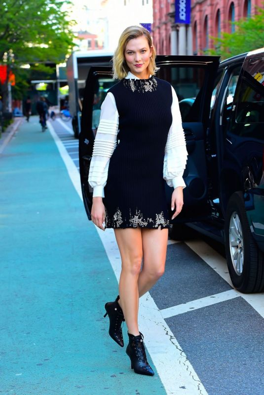 Karlie Kloss Out in SoHo New York