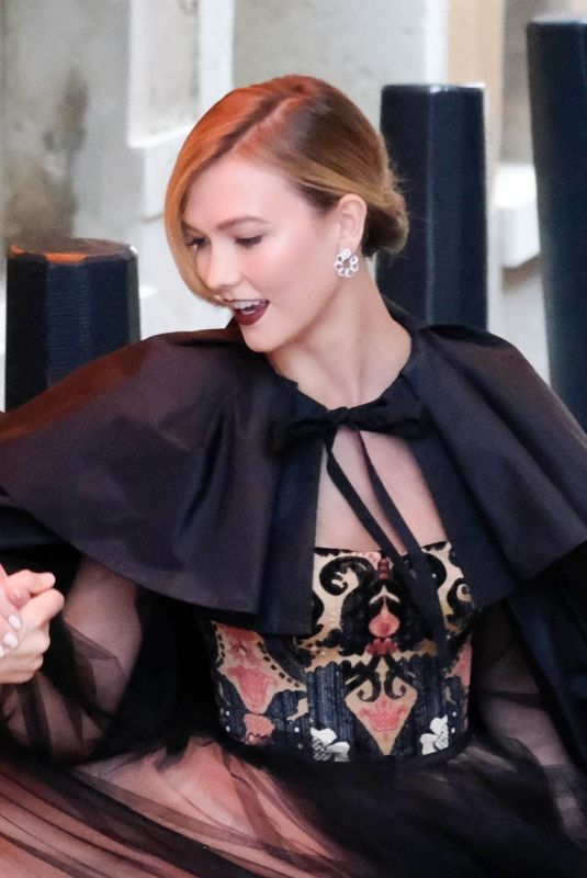 Karlie Kloss Out in Venice