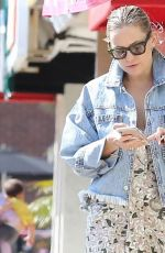 Kate Hudson Out Casually in Los Angeles