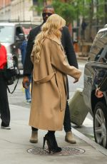 Kathryn Newton Makes her sure grab her snacks while out in NYC