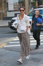 Katie Holmes Heads into the New York City train station