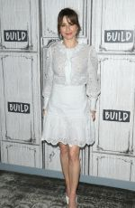 "Linda Cardellini Attend the Build Series to discuss ""Dead to Me"" at Build Studio in New York City"