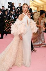 Rosie Huntington-Whiteley At 2019 Met Gala in NY
