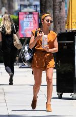 Sarah Hyland Leaving a spa in Los Angeles