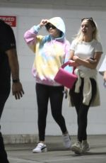 Selena Gomez Keeps a low profile after a pilates session with friends in West Hollywood
