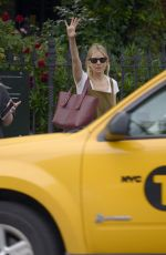 Sienna Miller Hailing a taxi in New York City