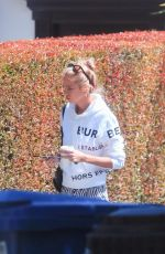 Stella Maxwell Spotted visiting a friend in Beverly Hills