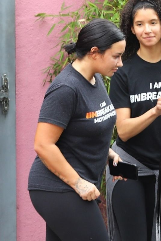 Demi Lovato Leaving the gym in LA