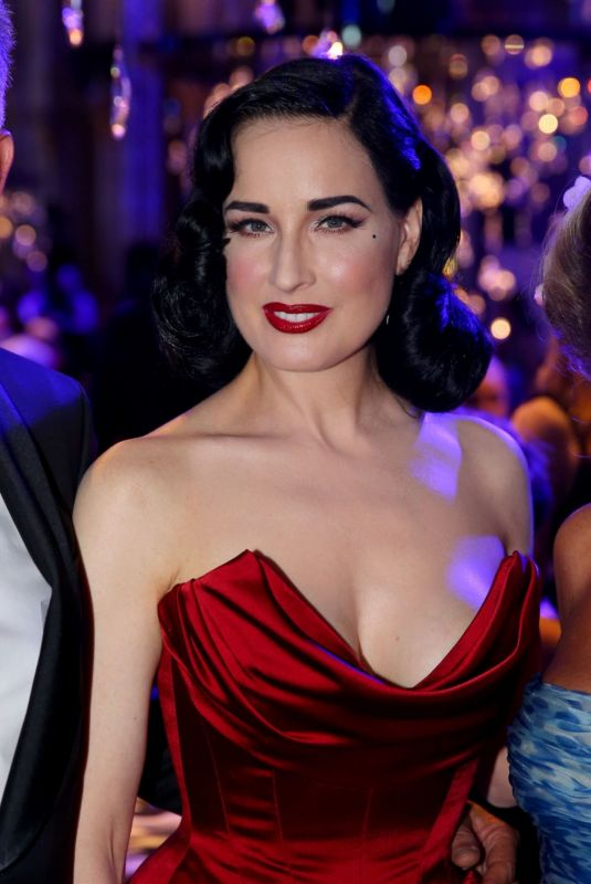 Dita Von Teese At Life+ Solidarity Gala at Spiegelzelt in the Vienna City Hall