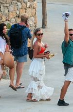 Ellie Brown, Alexandra Cane, Kaz Crossely Make party on Mykonos Island in Greece