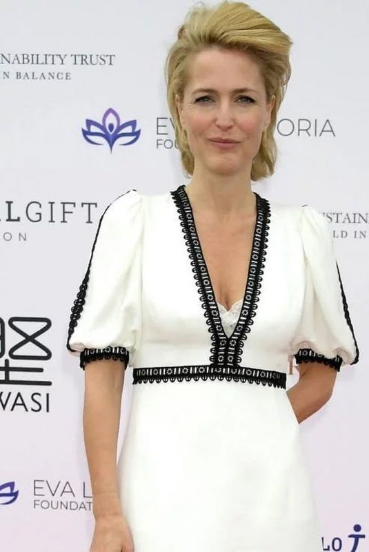Gillian Anderson At Royal Windsor Cup Final 2019