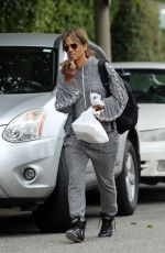 Halle Berry Leaving the gym in Los Angeles