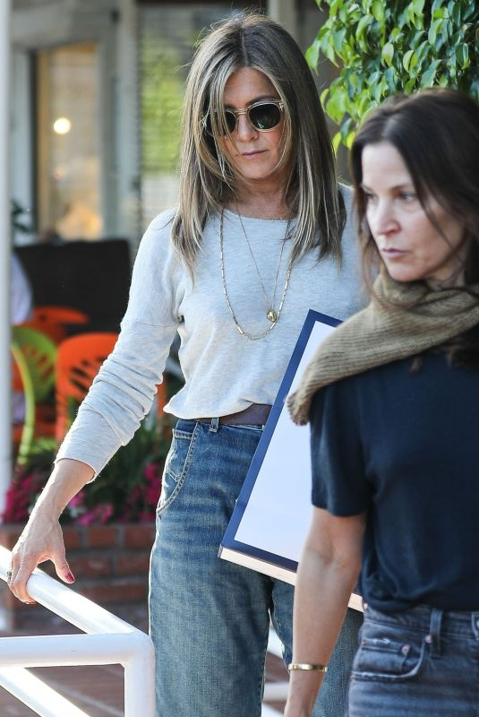 Jennifer Aniston Out Shopping in West Hollywood