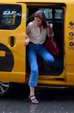 Katie Holmes Still looking great under the rain in New York City