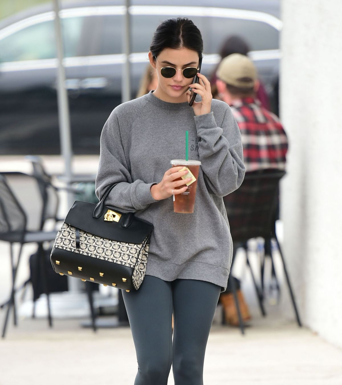 Toluca Lake Apartments: Lucy Hale Making A Stop At A Dentists Office In Toluca