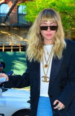 Miley Cyrus Steps back into the studio to record her new album in New York