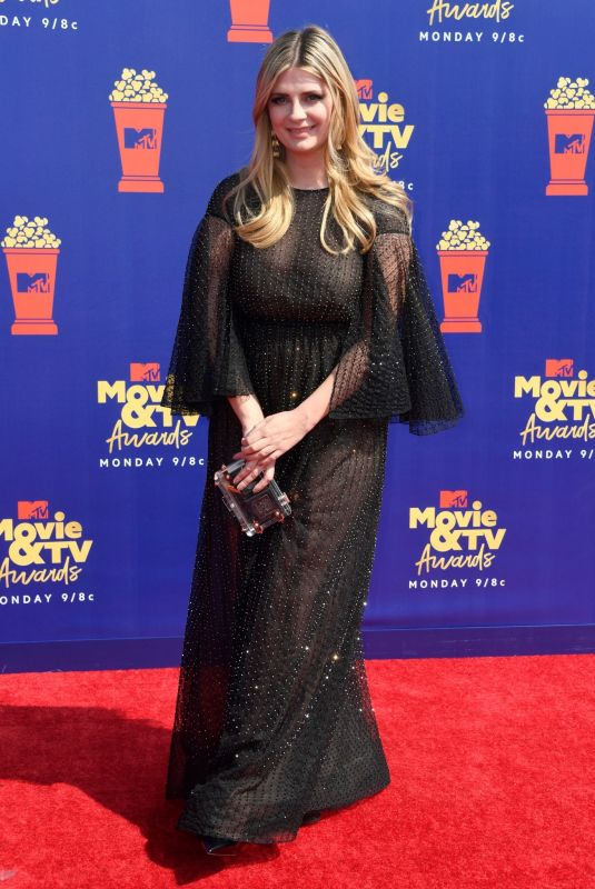 Mischa Barton At 2019 MTV Movie & TV Awards in LA