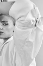 Sophie Turner - The Edit by Net-A-Porter, May 2019