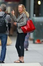 Uma Thurman Asking directions after visiting a hair salon in New York City