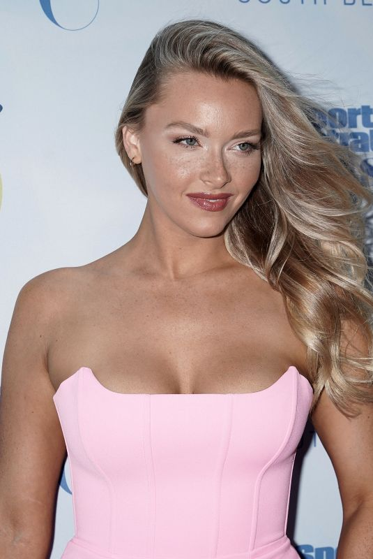 Camille Kostek Attends the 2019 Sports Illustrated Swimsuit Runway Show During Miami Swim Week, Miami